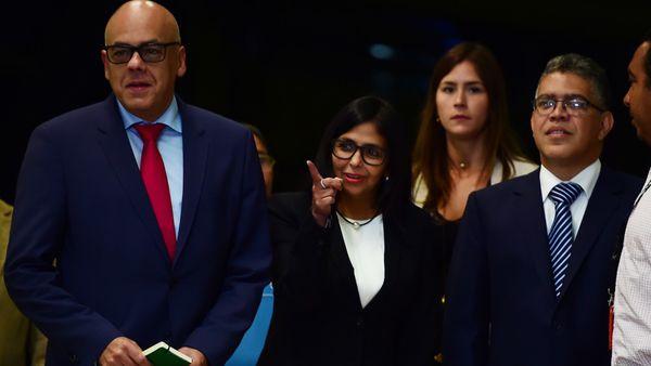 Delcy Rodríguez criticó duramente a Pedo Pablo Kuczynski (AFP)