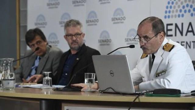 El capitán de Navío Claudio Javier Villamide durante su presentación ante la Comisión Bicameral que investigó el hundimiento y la búsqueda del ARA San Juan