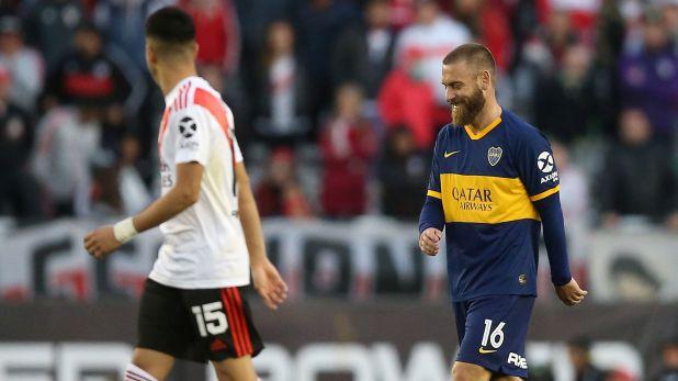 De Rossi jugó el Superclásico por Superliga pero anoche estuvo entre los suplentes: ¿sigue en Boca? (REUTERS/Agustin Marcarian)