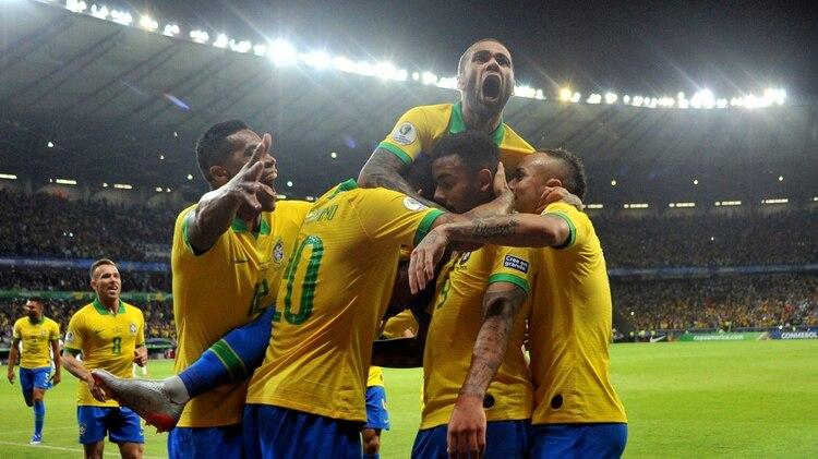 Brasil accedió a la final luego de eliminar a Argentina tras un polémico arbitraje de Roddy Zambrano (AP Photo/Eugenio Savio)
