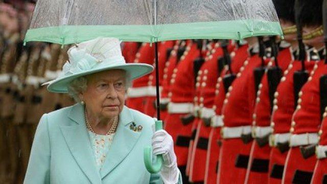 Isabel II lleva 69 años en el trono de Inglaterra