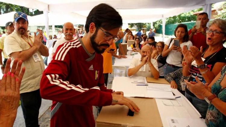 Miguel Pizarro (Reuters)