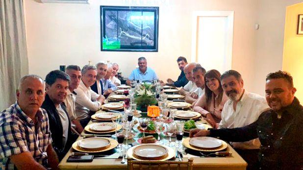 Eduardo Spinosa, uno de los apellidos claves en este reunión (Foto: @TovigginoPablo)