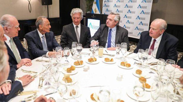 Altri tempi. La cúpula de AEA, en un encuentro con el presidente Alberto Fernández