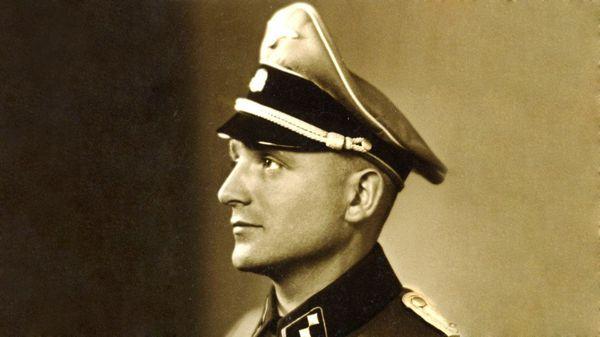 Klaus Altmann con el uniforme alemán