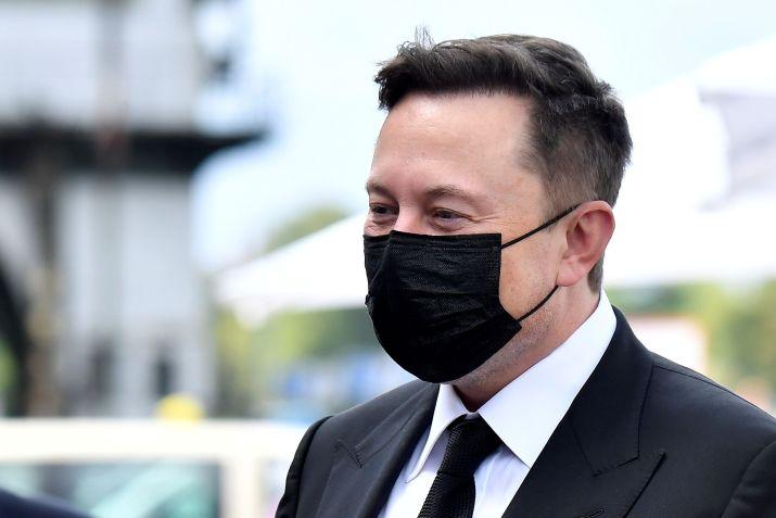 Elon Musk protestó por el cierre de sus fábricas en California y minimizó el impacto del COVID-19 en EEUU - REUTERS/File Photo