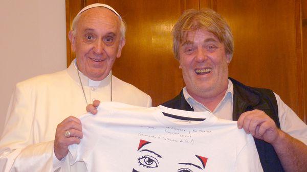Gustavo Vera junto al papa Francisco