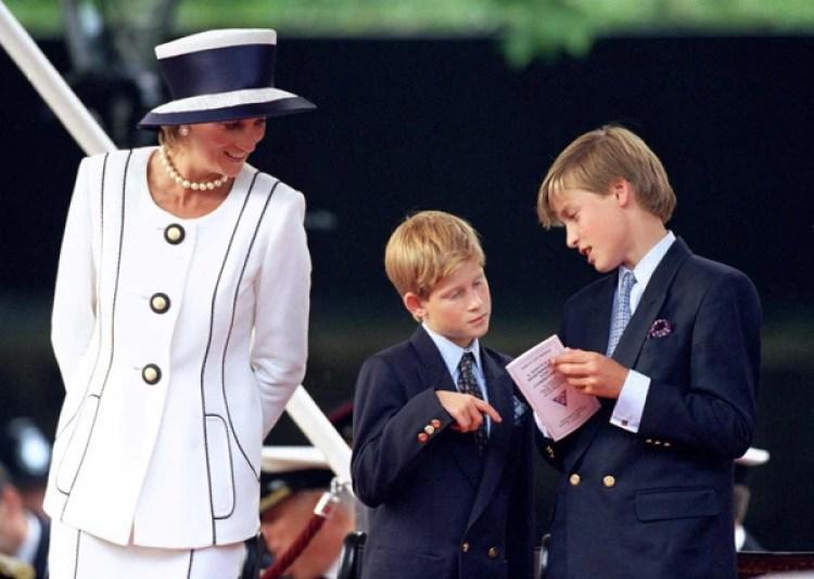 Lady Di con sus hijos Harry y William. Épocas felices para los niños