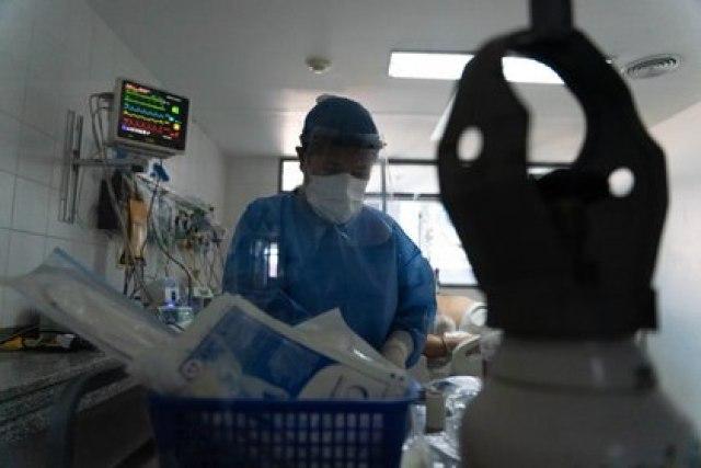 El personal de salud no se relajó: el trabajo es constante (Foto: Franco Fafasuli)