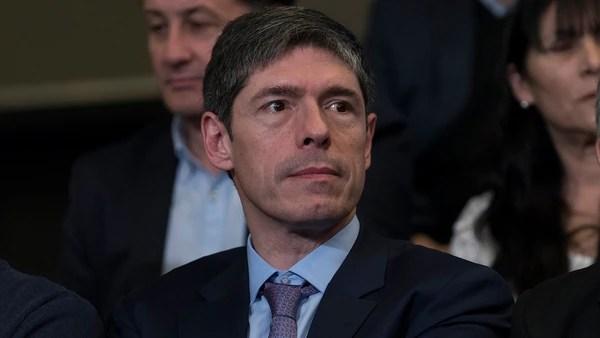 Juan Manuel Abal Medina (Adrián Escandar)