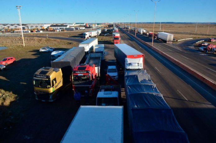 Camioneros quiere que los choferes sean esenciales