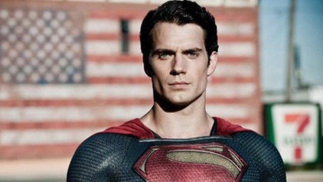 Henry Cavill se enfundó en el traje de Superman, todo un reto para igualar la imagen imborrable que dejó Christopher Reeve. (Foto: Disney)