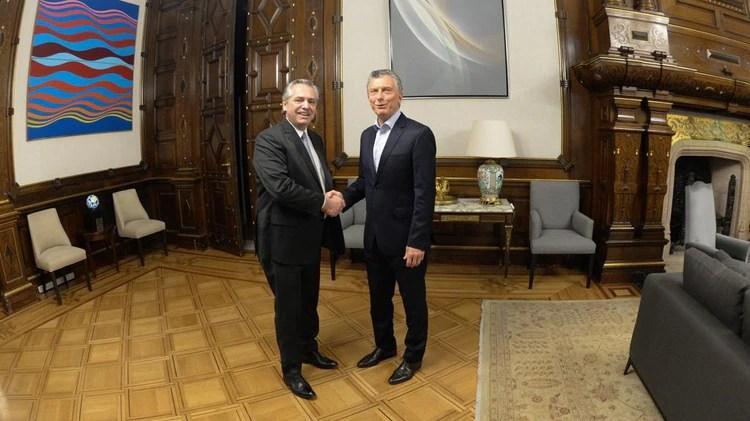 Mauricio Macri y Alberto Fernandez en Casa Rosada