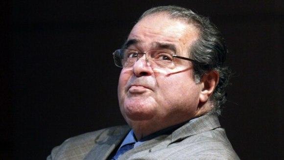 El influyente juez de la Corte Suprema estadounidense, Antonin Scalia, murió el 13 de febrero