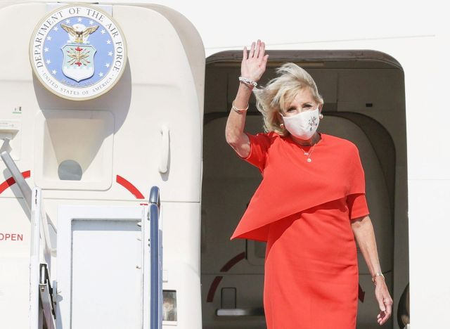 U.S. First Lady Jill Biden arrives at Yokota Air Base to attend the opening ceremony of the Tokyo 2020 Olympic Games in Tokyo, Japan, July 22, 2021, in this photo released by Kyodo. Mandatory credit Kyodo/via REUTERS ATTENTION EDITORS - THIS IMAGE WAS PROVIDED BY A THIRD PARTY. MANDATORY CREDIT. JAPAN OUT. NO COMMERCIAL OR EDITORIAL SALES IN JAPAN. THIS IMAGE WAS PROCESSED BY REUTERS TO ENHANCE QUALITY, AN UNPROCESSED VERSION HAS BEEN PROVIDED SEPARATELY.