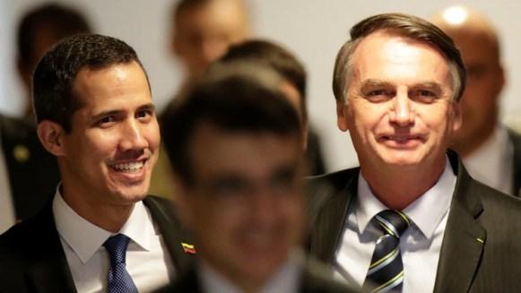 Juan Guaido junto a Jair Bolsonaro (REUTERS/Ueslei Marcelino)