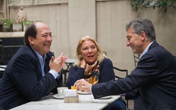 Sanz, con Elisa Carrió y Mauricio Macri