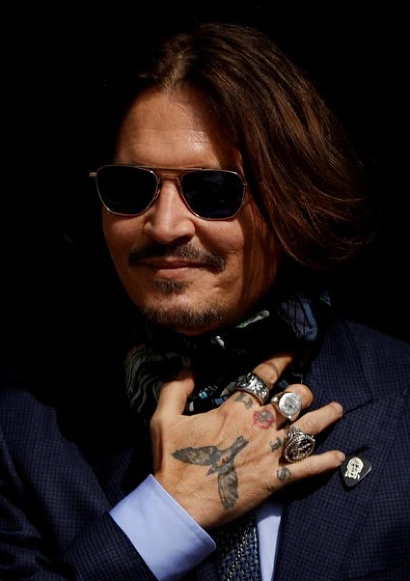 Johnny Depp a su arribo en la corte de Londres este viernes 24 de julio Foto: (REUTERS/John Sibley)