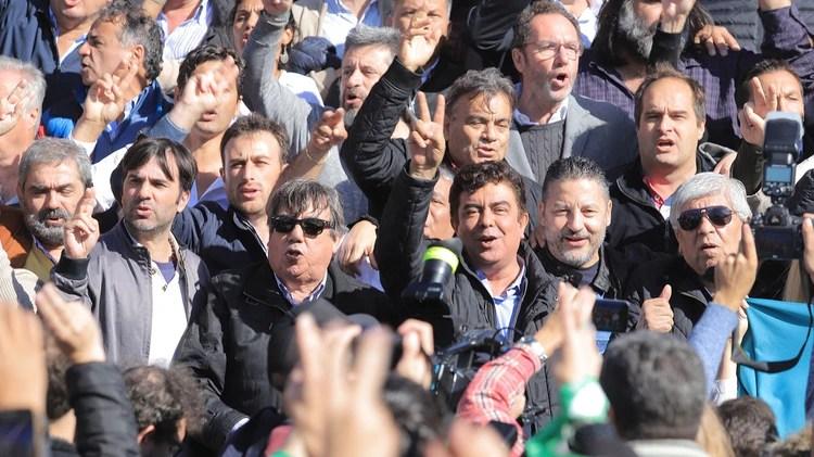Los intendentes peronistas se dieron cita en la ciudad bonaerense