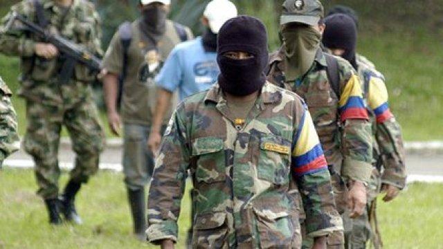 Hugo Chávez demostró su simpatía con la guerrilla, especialmente con las Fuerzas Armadas Revolucionarias de Colombia