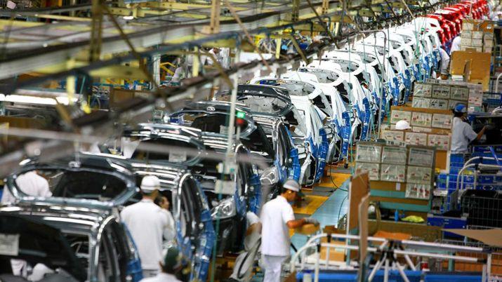 En varias provincias retomaron su actividad las empresas que integran la idustria automotriz (Foto: Archivo)