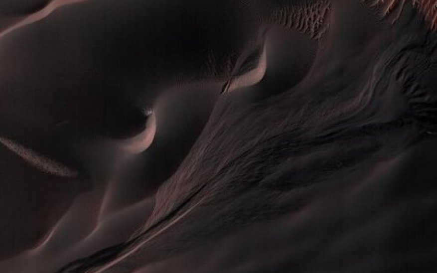 The dunes of Mars have thawed during the summer