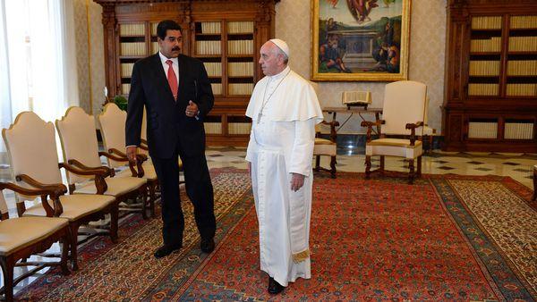 El Papa Francisco, cuando recibió a Nicolás Maduro en octubre pasado (AP)