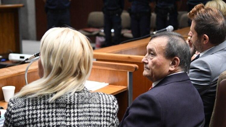 En su declaración en el juicio, el médico apeló a la emoción ante el jurado y relató sus orígenes humildes luego de ser desmentido por peritos (Fabián Ramella)