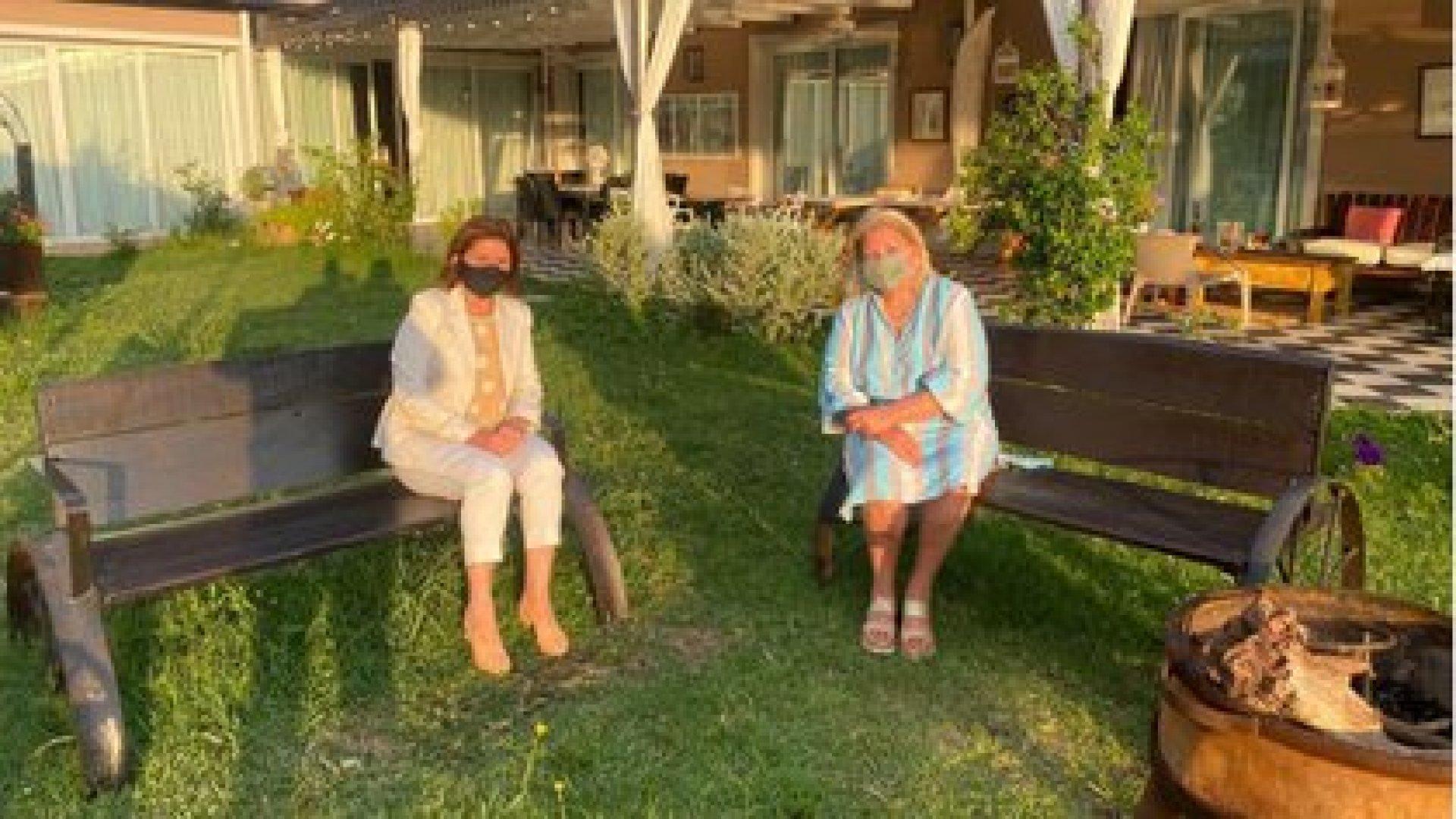 Patricia Bullrich y Elisa Carrió en Exaltación de la Cruz