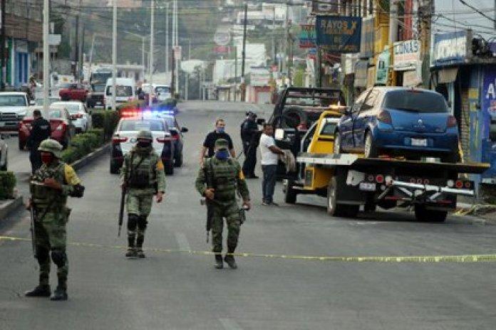 Jiutepec, municipio conurbado a Cuernavaca, se encuentra en una de sus etapas más violentas. En los últimos días sus calles y avenidas son sitios de enfrentamientos entre grupos del crimen organizado (Foto: Margarito Pérez Retana/Cuartoscuro.com)