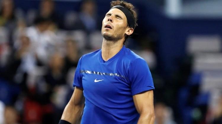 Nadal se retiró del Torneo de Maestros de Londres por molestias en su rodilla (Reuters)