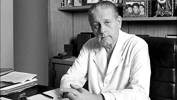 Rene Favaloro retrato 1920 - Cuatro médicos argentinos que llevaron al país a la vanguardia de la salud mundial