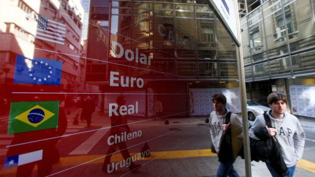 Los dólares financieros vuelven a sufrir presión compradora