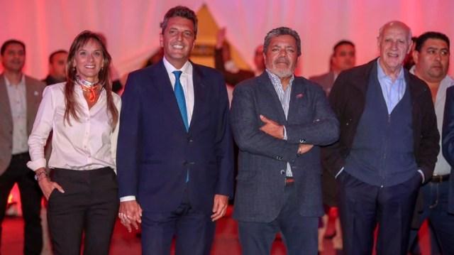 Pocas semanas atrás Massa y Lavagna compartieron un acto dirigentes sindicales de la CGT