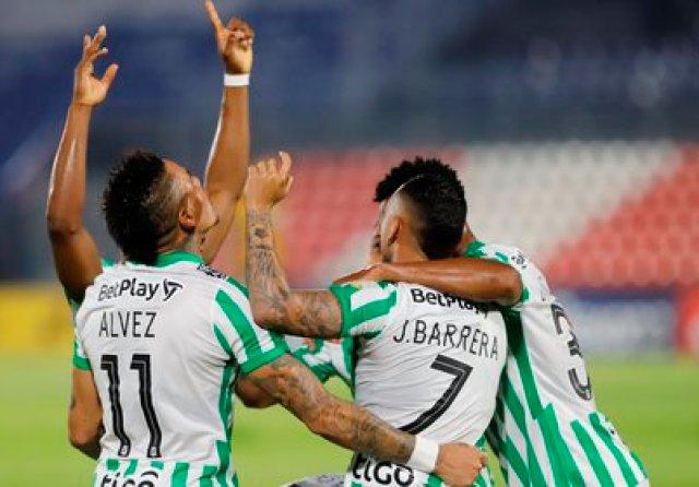 El partido en Bogotá iba igualado 1-1, pero en tiempo de reposición Vladimir Hernández anotó el 2-1 para los Verdes. EFE/Nathalia Aguilar/Archivo