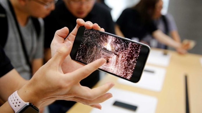 Apple presentó los iPhone XS y los iPhone XS Max en septiembre de 2018 (Reuters)