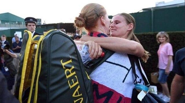 El beso que hizo público el amor, en la edición 2018 de Wimbledon