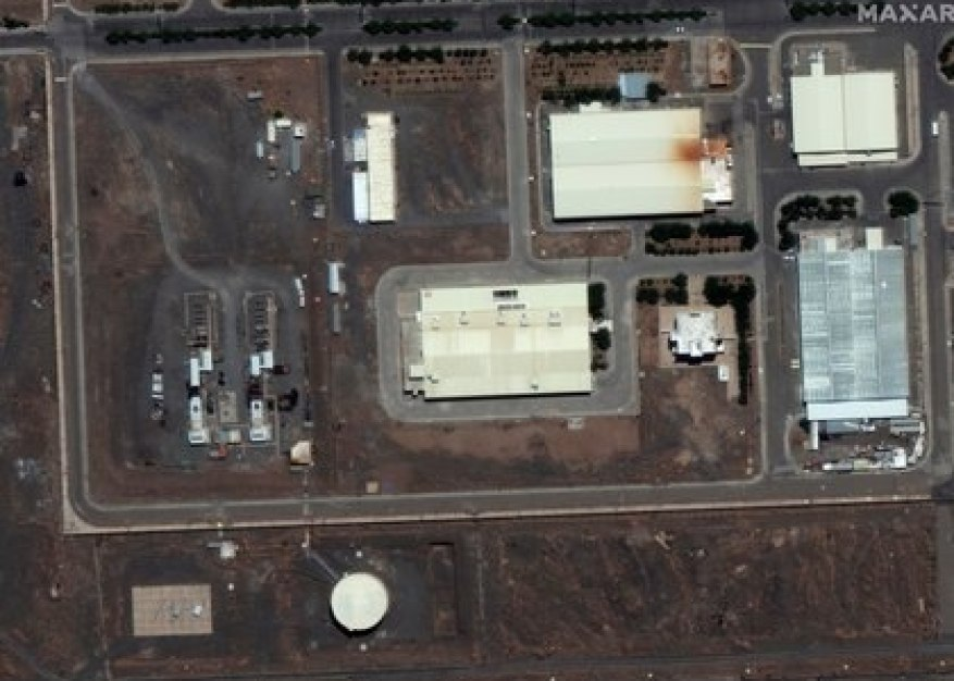 A satellite image of the Natanz plant (Maxar Technologies / via REUTERS)