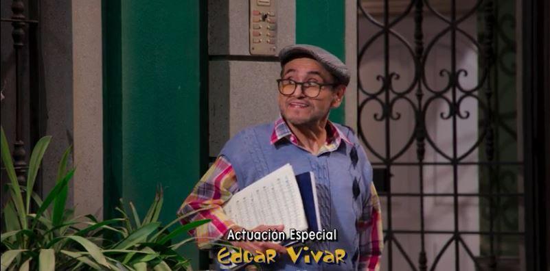 Edgar Vivar hizo una referencia a la serie El Chavo del 8 (Foto: captura de pantalla/video.televisa.com)