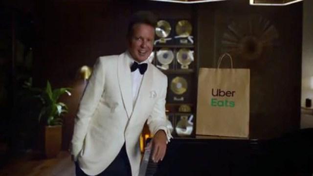 Luis Miguel recibió mensajes que criticaron su aspecto tras aparecer en el nuevo comercial de Uber Eats (Foto: Captura de pantalla)