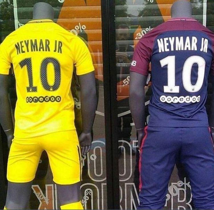 La camiseta de Neymar ya se vende a 100 euros