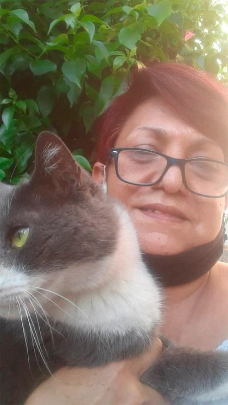 Rosalinda seguirá queriendo a su gato aunque tenga otra familia (Foto: Cortesía Rosalinda Ortiz)