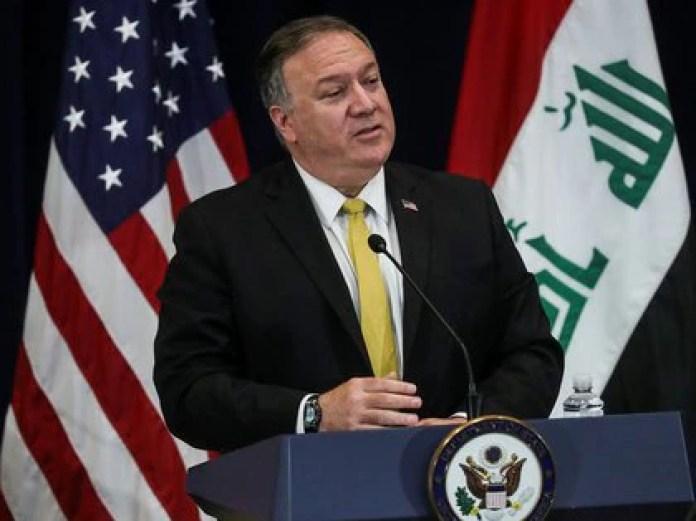 Mike Pompeo conversó con el presidente iraquí Barham Salih y deslizó la posibilidad de cerrar la embajada de Estados Unidos en Bagdad (REUTERS/Leah Millis)