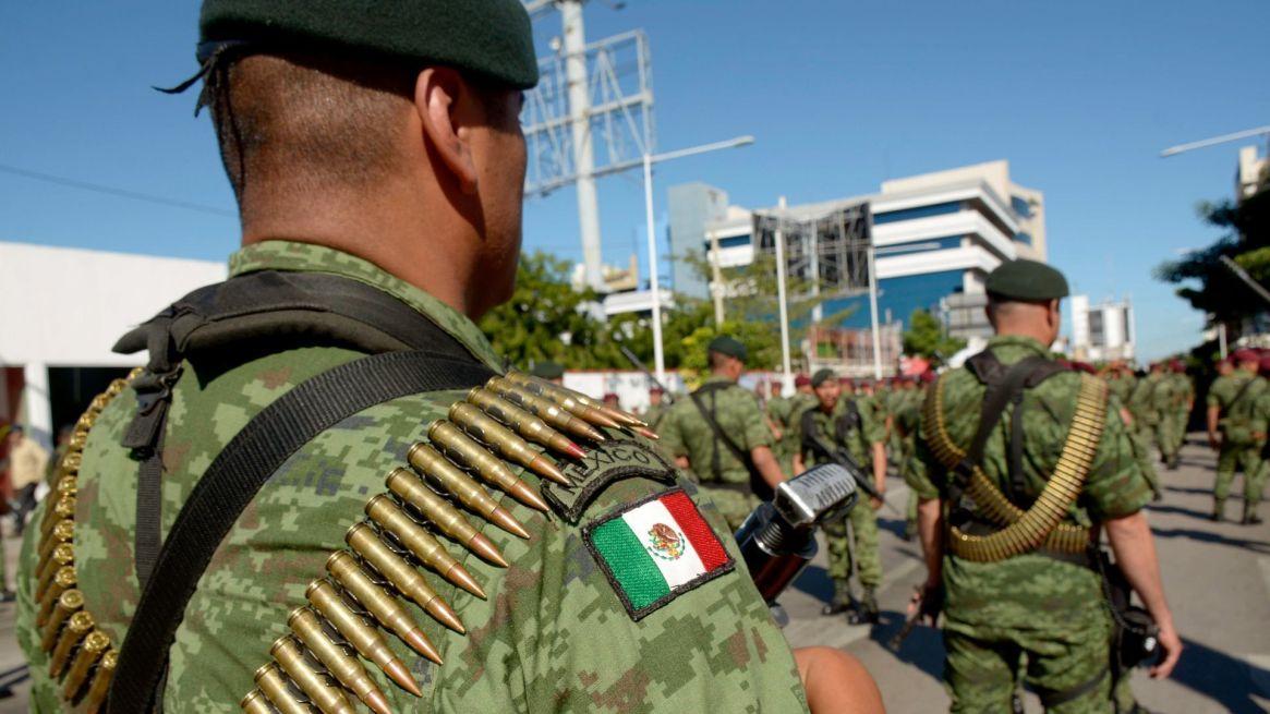 El decreto estableció que las Fuerzas Armadas realizarán de manera extraordinaria, regulada, fiscalizada subordinada y complementaria con la Guardia Nacional en las funciones de seguridad pública a cargo de ésta última(Foto: Cuartoscuro)