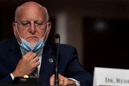 El director de los CDC, Robert Redfield. Foto: Alex Edelman/via REUTERS