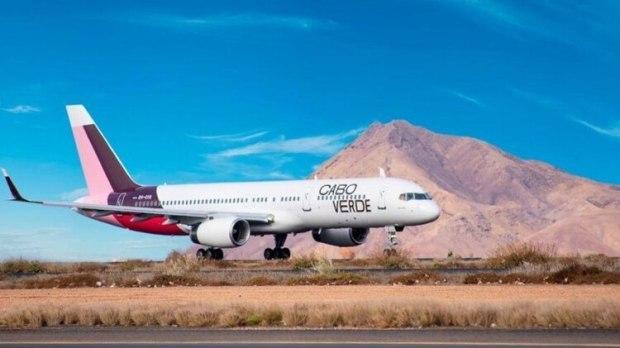 El puente aéreo entre Londres y Puerto Argentino no es viable sin la escala en Cabo Verde, cuyo aeropuerto está cerrado