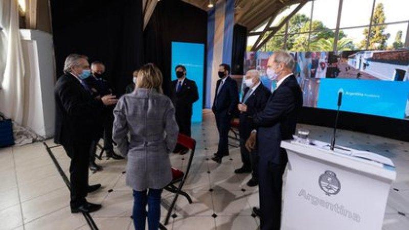 En el acto por el 9 de Julio estuvieron presentes los representantes del G6