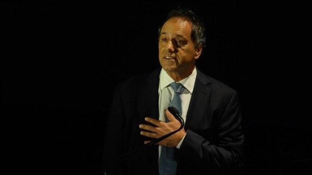 Daniel Scioli lanzó su precandidatura y repasó su carrera política