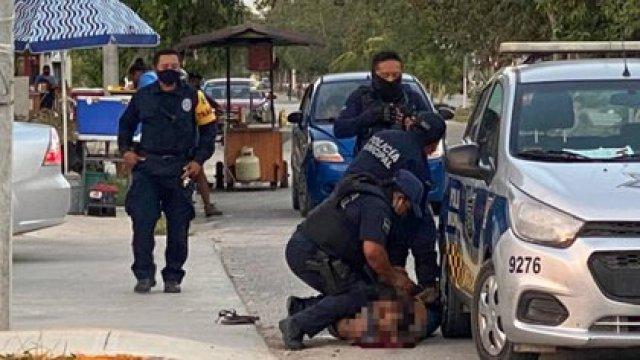 La mujer fue sometida por los elementos policiacos de una forma muy parecida a como murió George Floyd en Estados Unidos (Foto: Cuartoscuro)