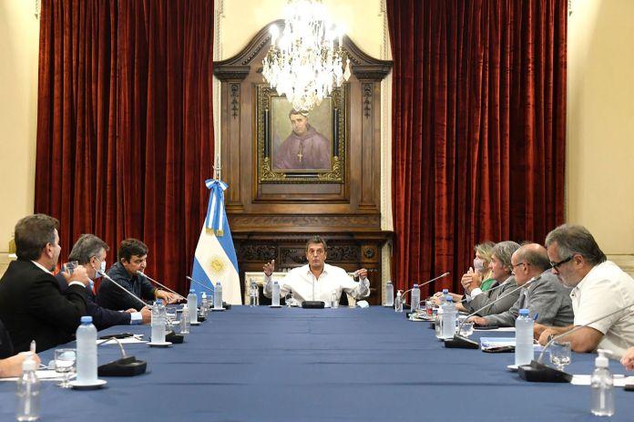Sergio Massa con jefes de los bloques de diputados